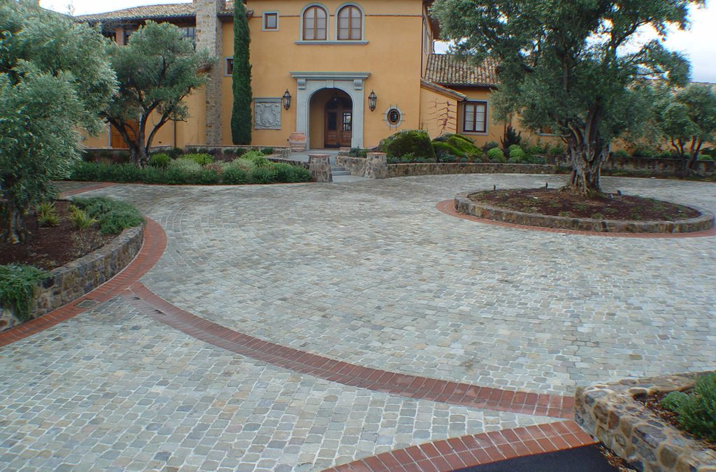 Reclaimed Cobblestone – A Long Lasting Relationship!