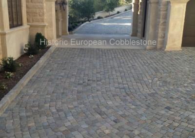 H215-Antique Sandstone 5x5 and Mosaic cobble, Pebble Bch, CA