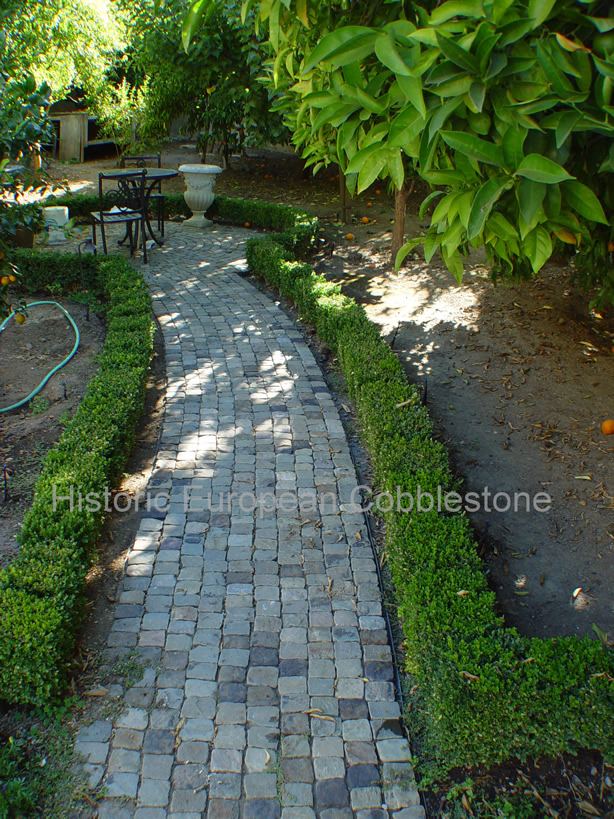Garden Nooks Using Reclaimed Cobblestone Antique