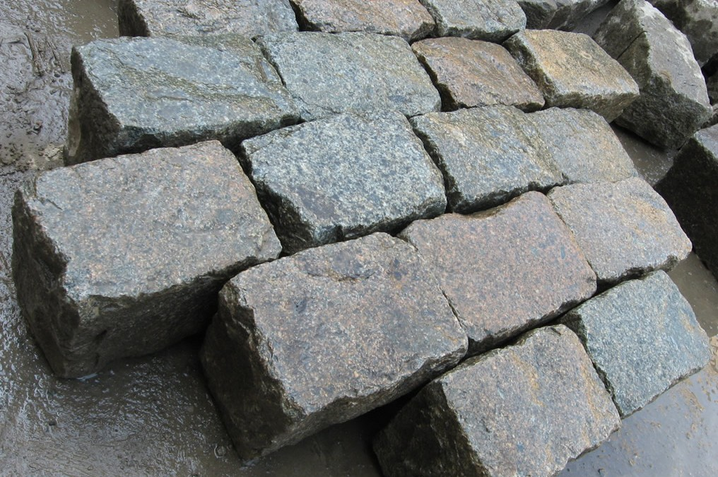 Are Reclaimed Old Granite Cobblestones Gauged?